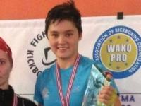 Andrea vant sin fullkontaktskamp og tok med seg gullet